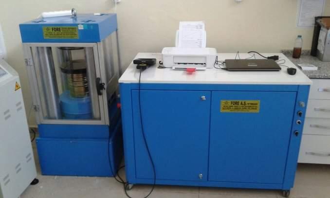 - SERVO CONTROLLED Special Concrete Testing Machine