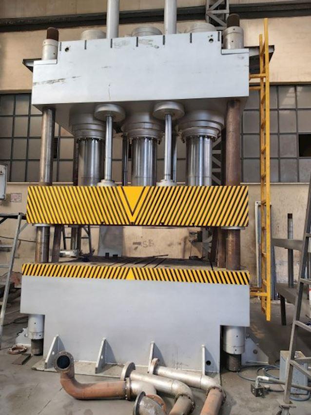 1000 Ton Plastering Press with 4 Columns