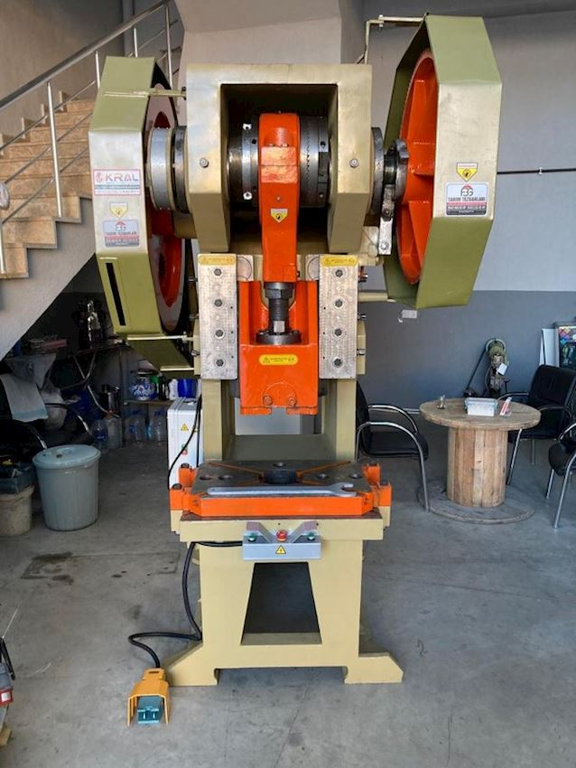 130 Ton Hico Eccentric Press Pneumatic Hand and Foot Pedal
