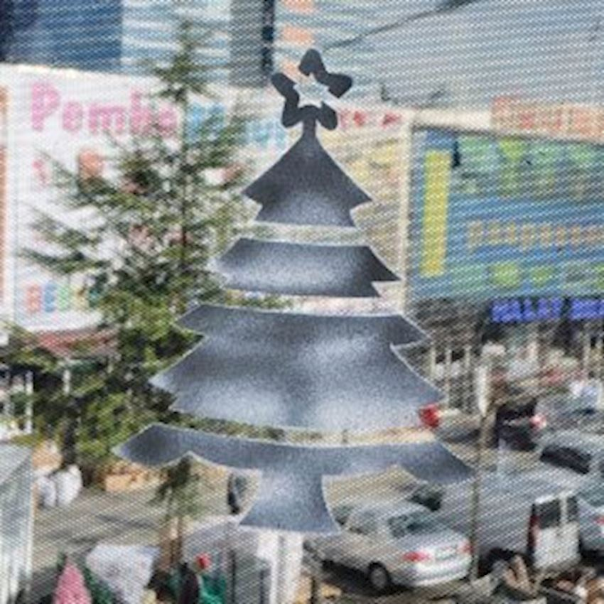 2 Pine Tree Snow Spray Template 30x50cm Christmas Decoration Supplies