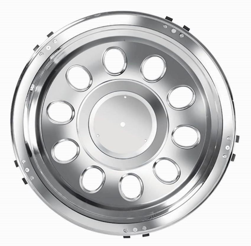 22,5'' WITH HOLE MODEL STAINLESS WHEEL COVER REAR