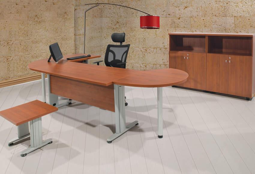 4 LINE STAFF GROUPS TREND Metal Leg Office Desks