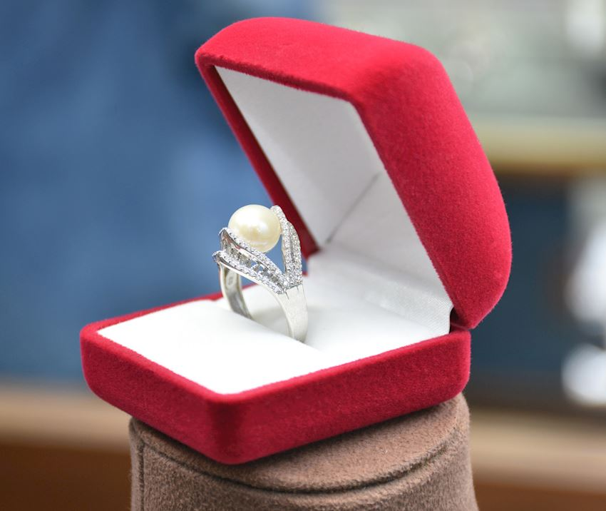 925 Sterling Silver Pearl Ring AH-0154