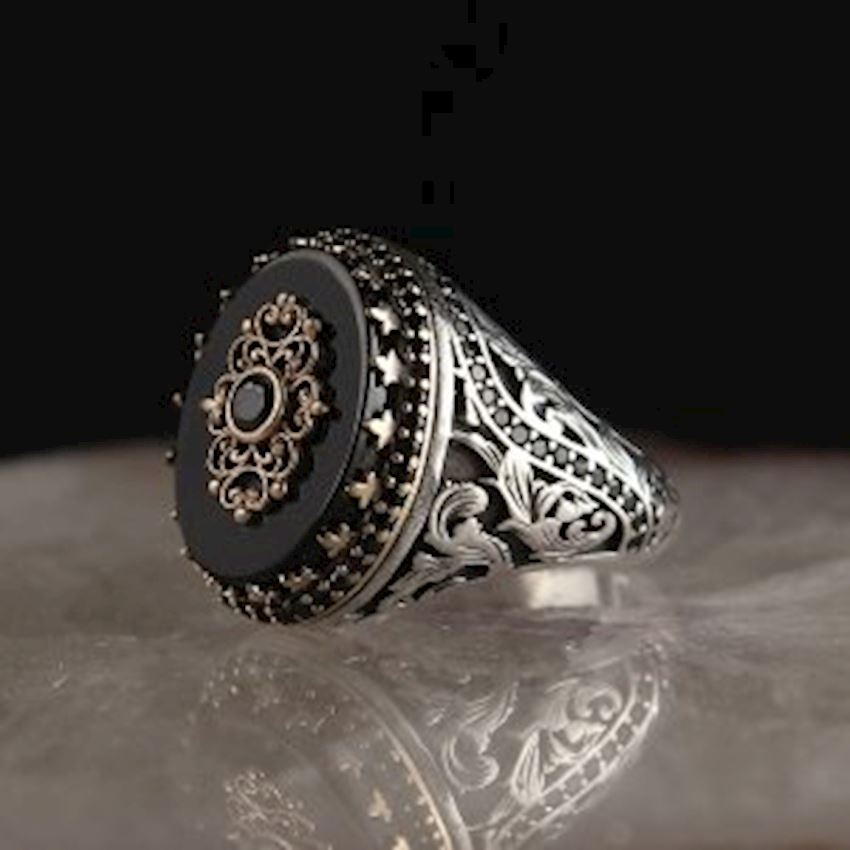 925 Sterling Silver Ring with Onyx Stone