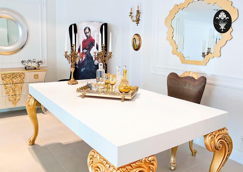 ALMEKA Dining Tables