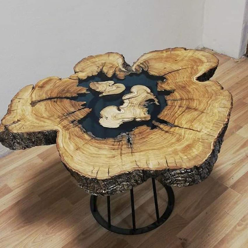 COFFEE TABLE NATURAL WOODEN