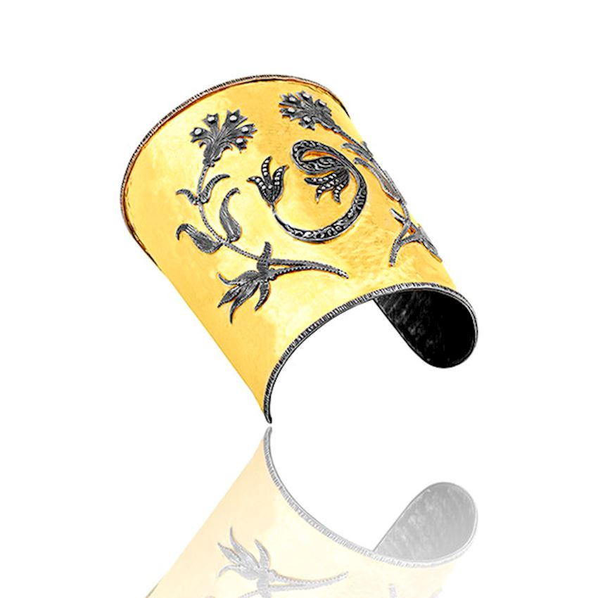Flower Engraved Gold Bracelet