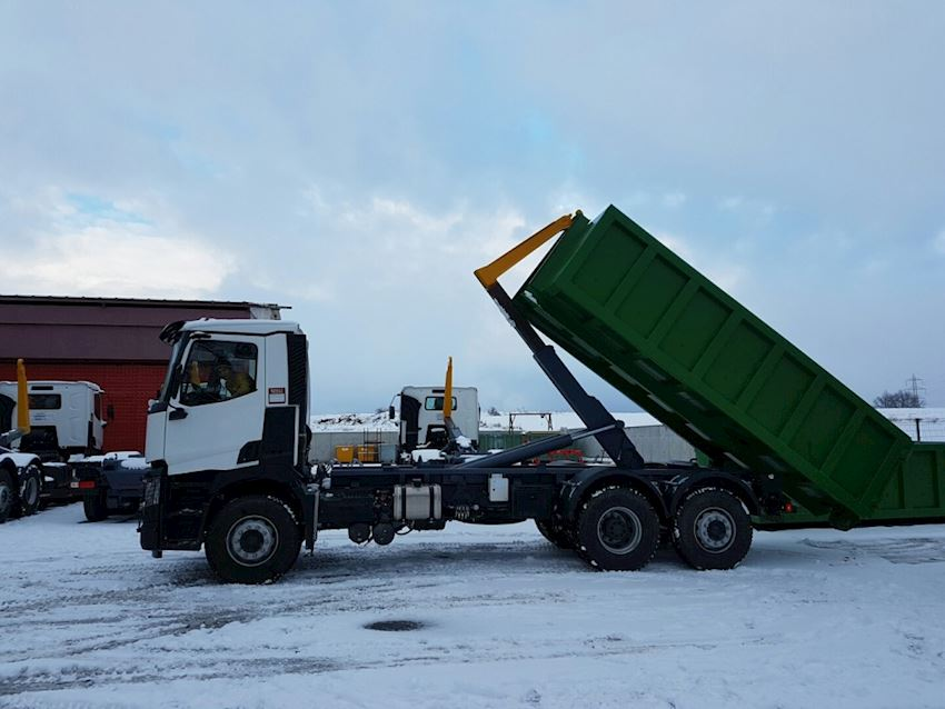 Hooklift skips abroll container