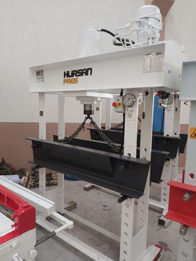 Hydraulic Workshop Press with 100 Ton Mobile Head Arm Motor