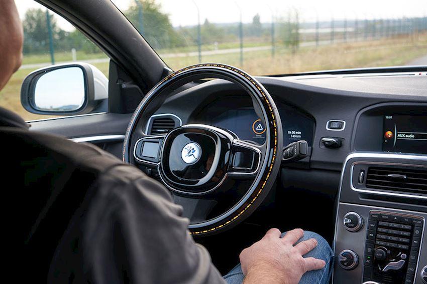 Intuitive Steering Wheel