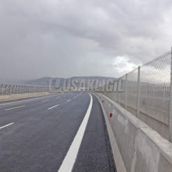 Izmir Highway - Caged Wire 40 Km
