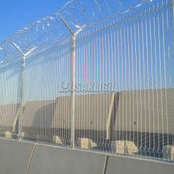 Koc Kuwait Oil Company - High Security Fence