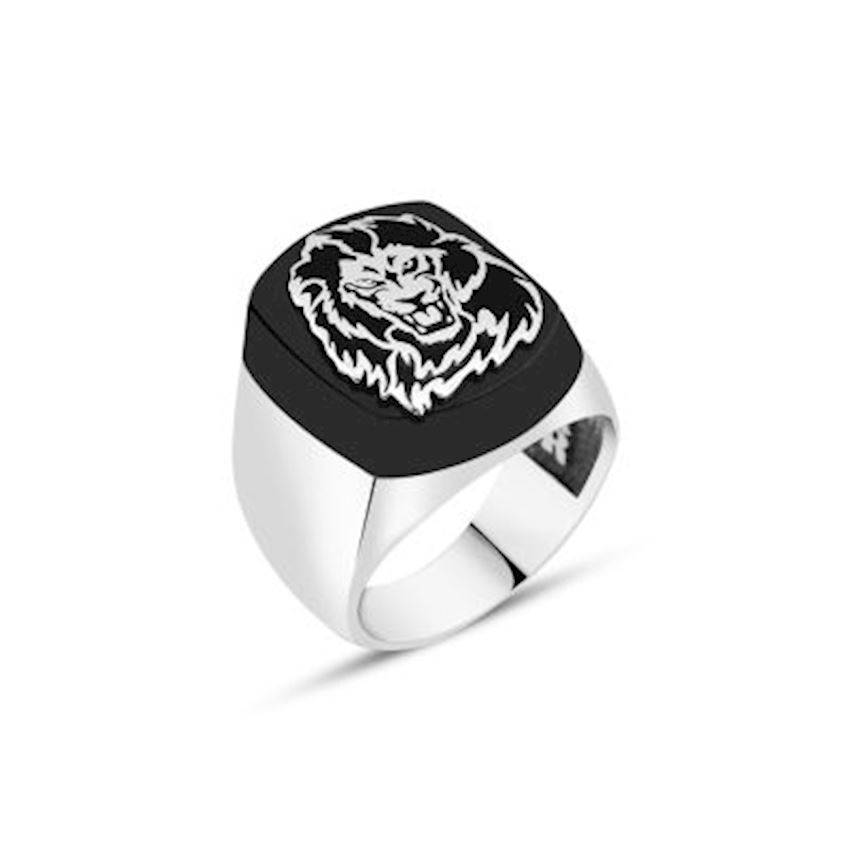 Onix Stone Over Lion Symbol Men Ring