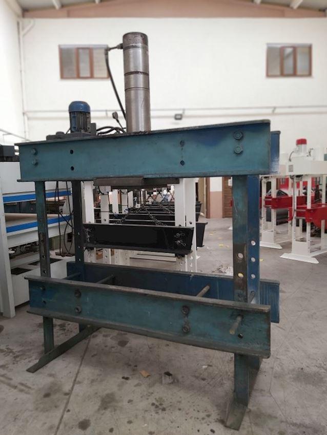Other Machine Tool Equipment  100 Ton Ara Ölcüsü Geniş 1700 x 470 Kolon Arası Hidrolik Pres