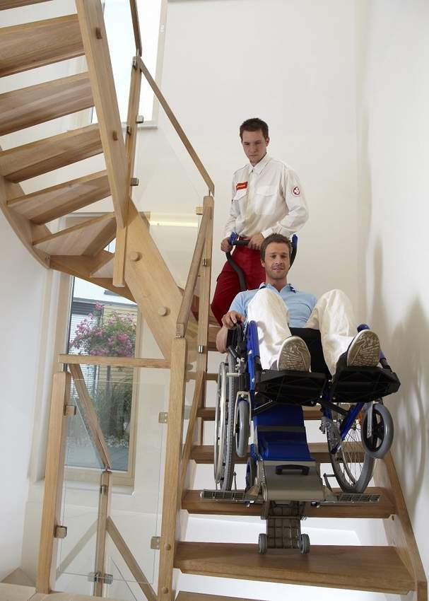 PT Uni Powered stairclimbers for people