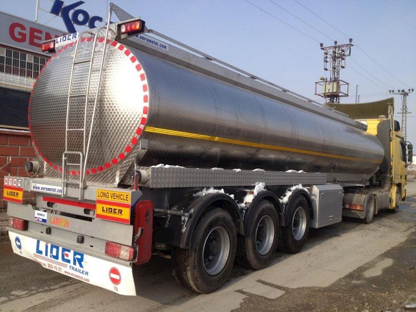 Tanker Treyler Water Tank