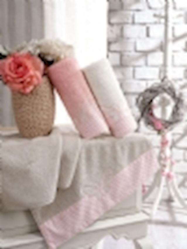 Towel- ROMANTIC 2019-04