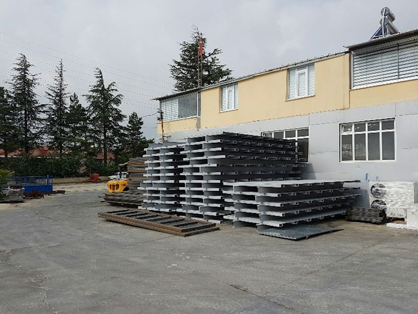 Un-assembled Bottom Chassis of Roll off containers